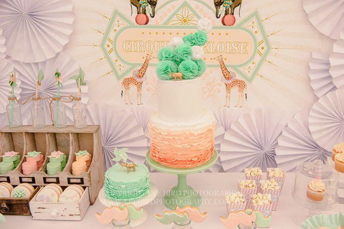 Hochzeit - Ganz Peach & Green Circus Gast Dessert Funktion