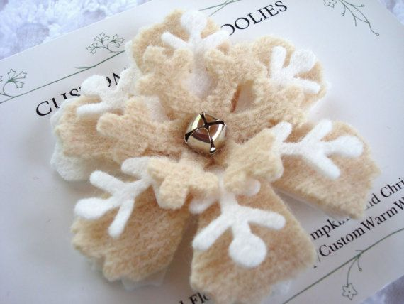 Amazing FELTED SNOWFLAKE BROOCH Pin Felt Flower Wedding Favors Bridal Shower Party  Favors Gift Bagged Winter Holiday Christmas