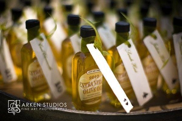 Food & Favor - Olive Oil Wedding Favors #2060069 - Weddbook
