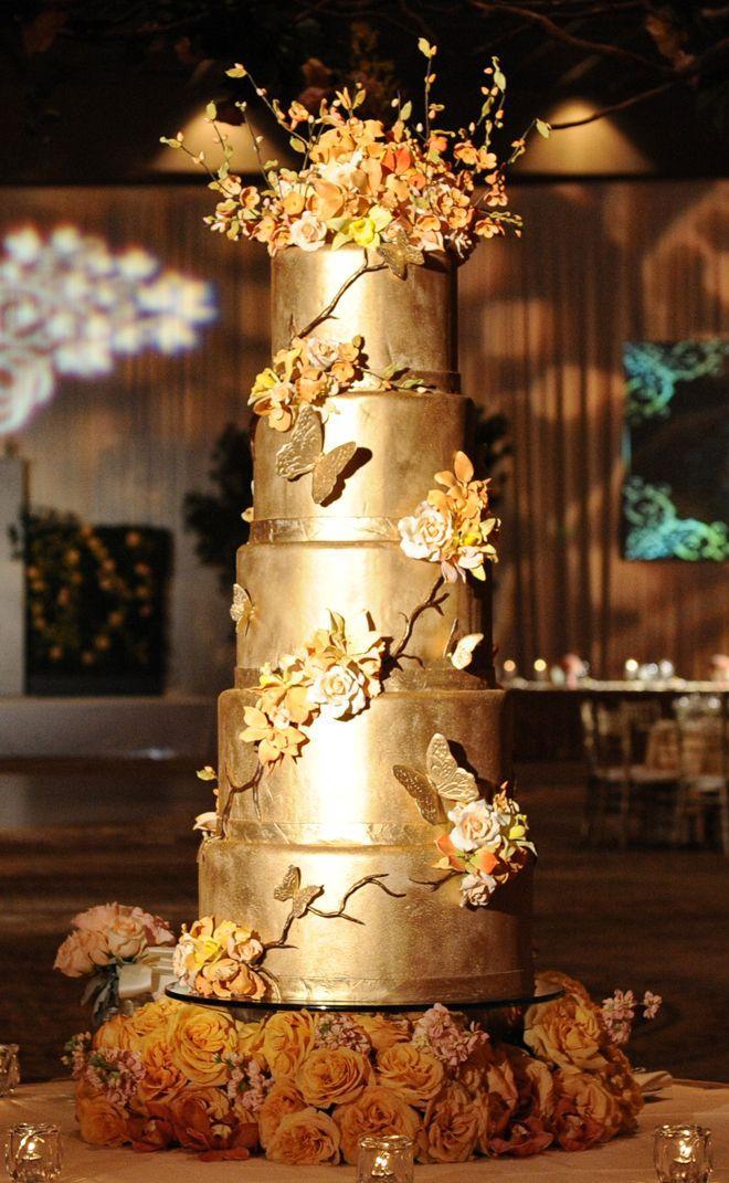 Gold Wedding White Amp Gold Wedding Cakes 2061441 Weddbook