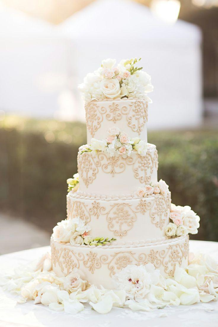 Gold Wedding - Gorgeous White Wedding Cake And Flowers #2061587 ...