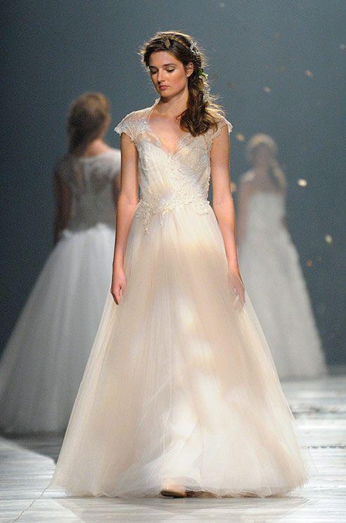 Dress david fielden 2014 2062269 weddbook for David fielden wedding dresses