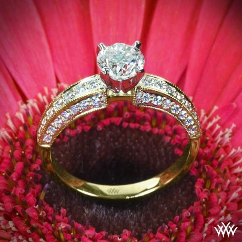 """Hochzeit - 18K Gelbgold mit Platin-Kopf """"Drei-Side pflastern"""" Diamant-Verlobungsring"""