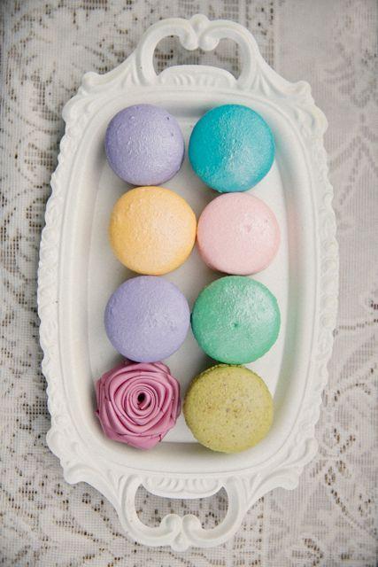 Свадьба - Пасхальное Яйцо Цветные Макарона