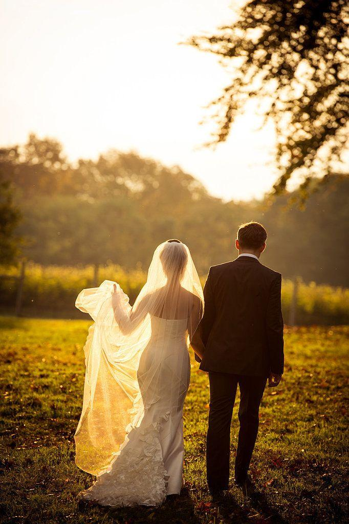 Wedding - 23 Wedding Dress Pictures You'll Regret Not Taking