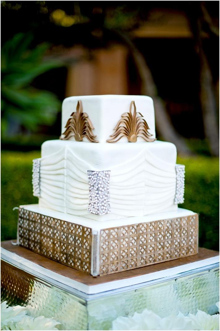 Goldhochzeits Weiss Gold Glam Hochzeitstorte 2063887 Weddbook