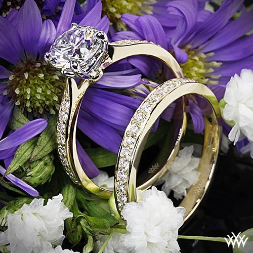 """زفاف - 18k الذهب الأصفر مع رئيس البلاتين """"يجاتو أنيق الخط تمهيد"""" الماس خاتم الخطوبة وخاتم الزواج"""