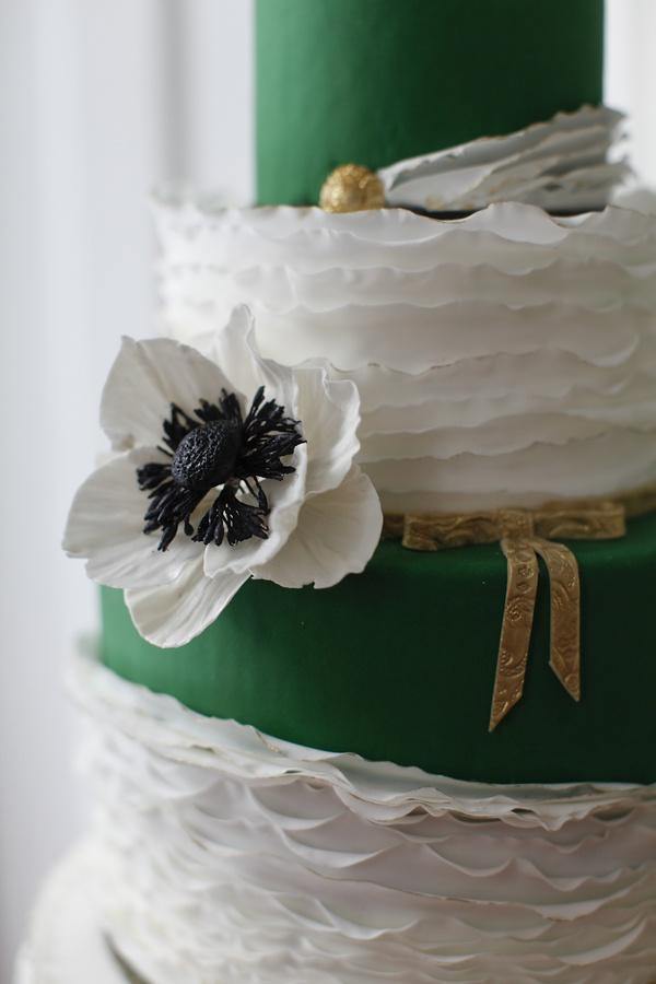 Wedding Cakes 2065511 Weddbook