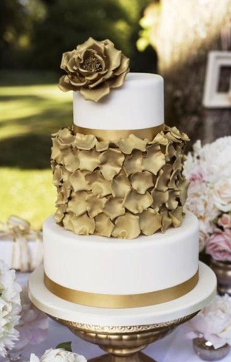 Modern Cake - Gold Modern Cake #2067745 - Weddbook
