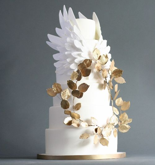 Modern Wedding Cakes: Modern White And Gold Wedding Cake