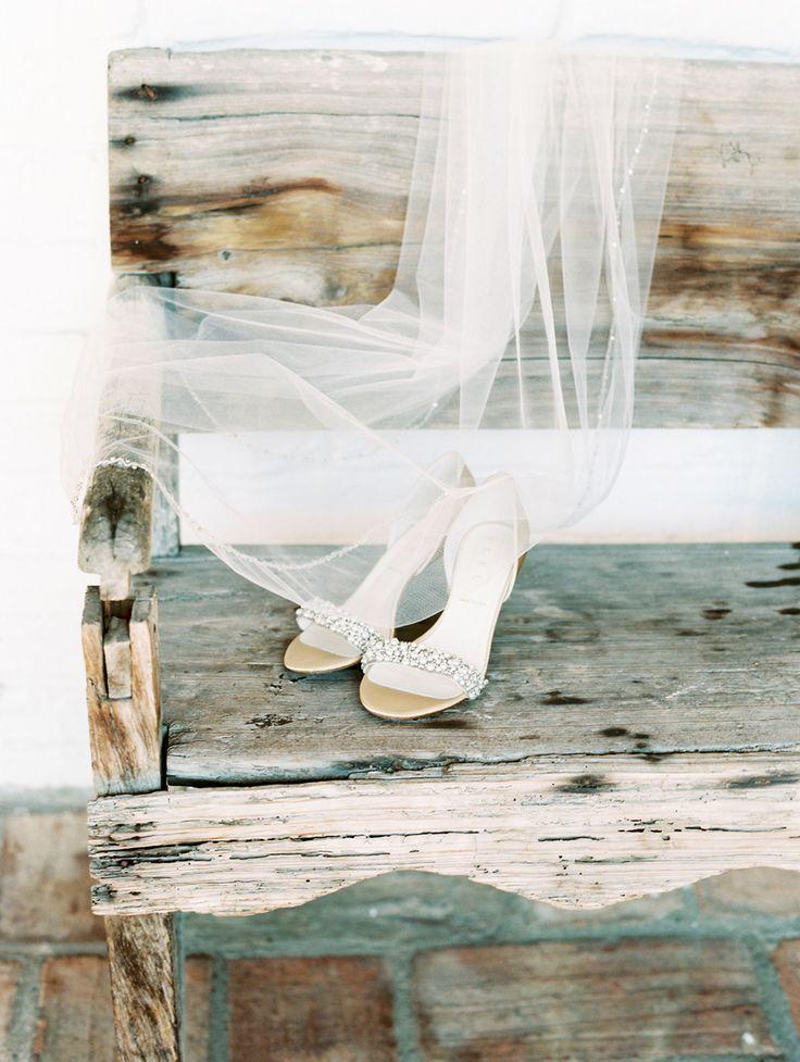 Mariage - Soleil sur Mariages-mariée-chaussures