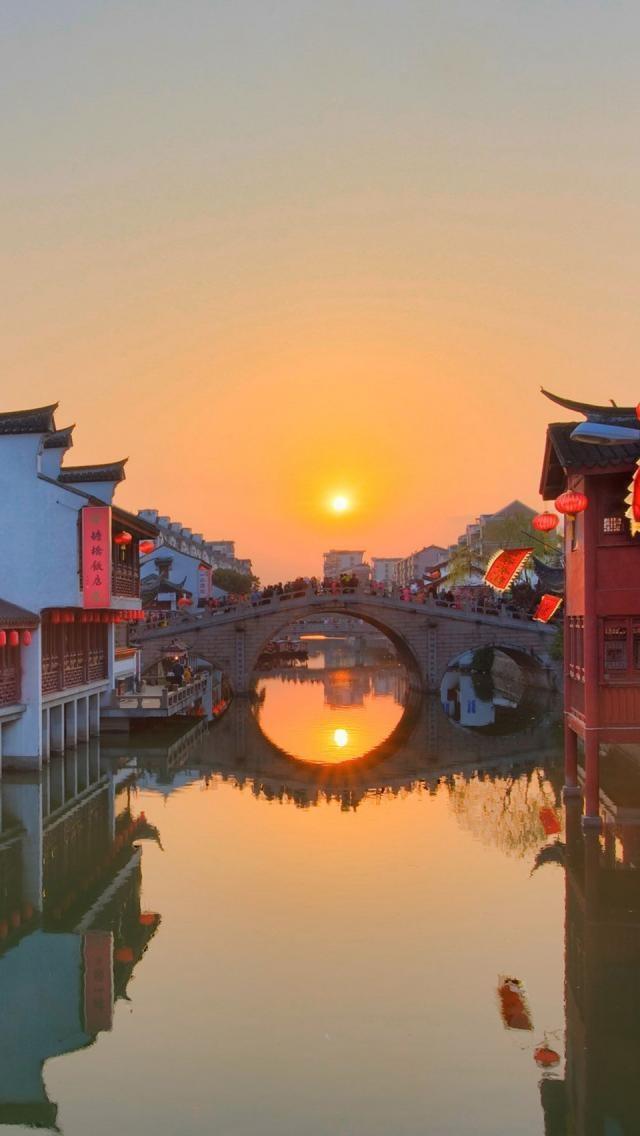 Wedding - Sunset In Qibao, China