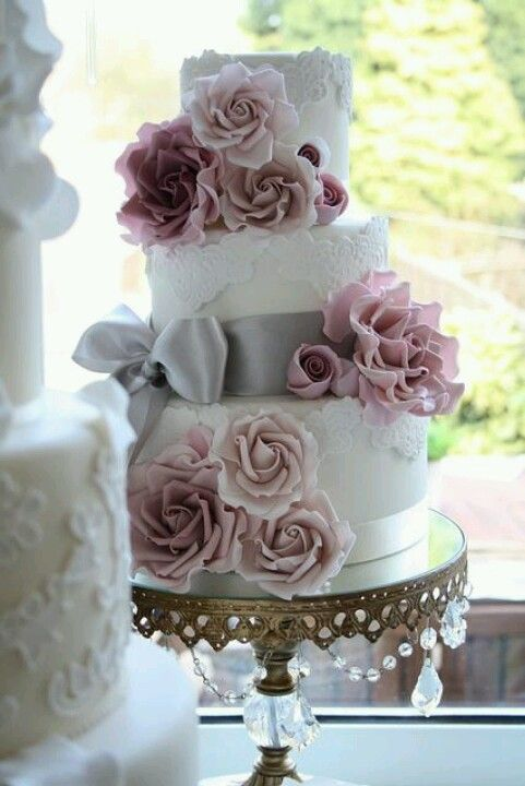 Vintage Wedding Amazing Wedding Cake 2068919 Weddbook