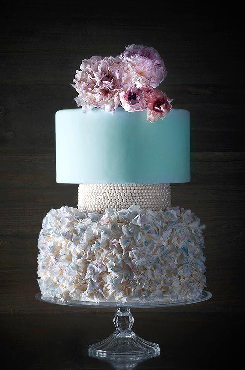 Mariage - Volants et perles de gâteau de mariage