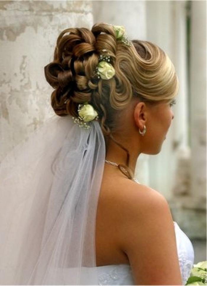 Причёски на средние волосы фото на торжество своими руками