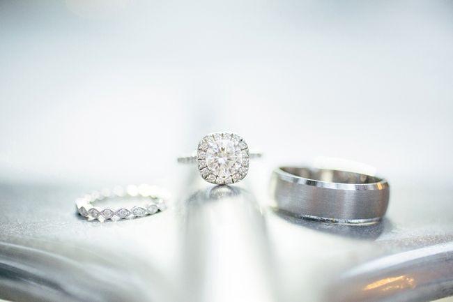 Hochzeit - Moderne Hochzeits-/ / Ring Shots