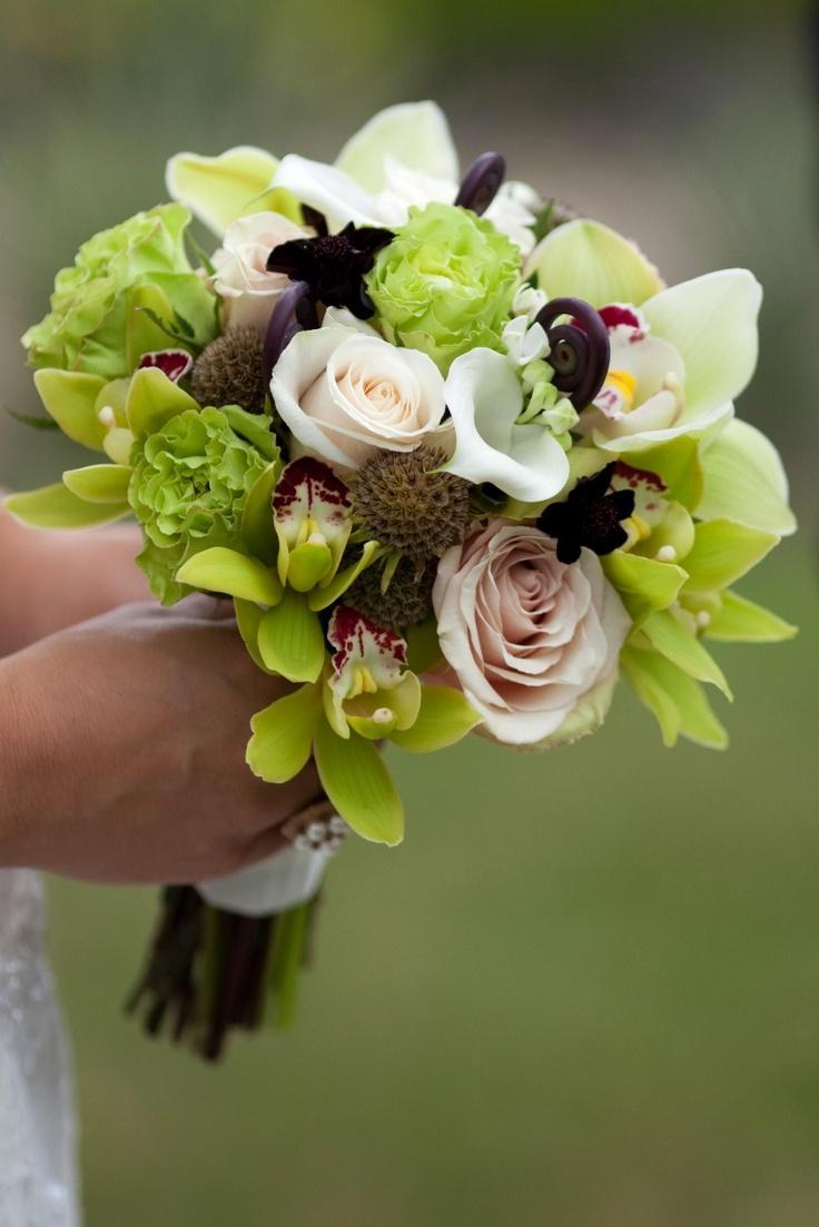 Hochzeit - ♥ ~ ~ ♥ • Hochzeitsstrauß