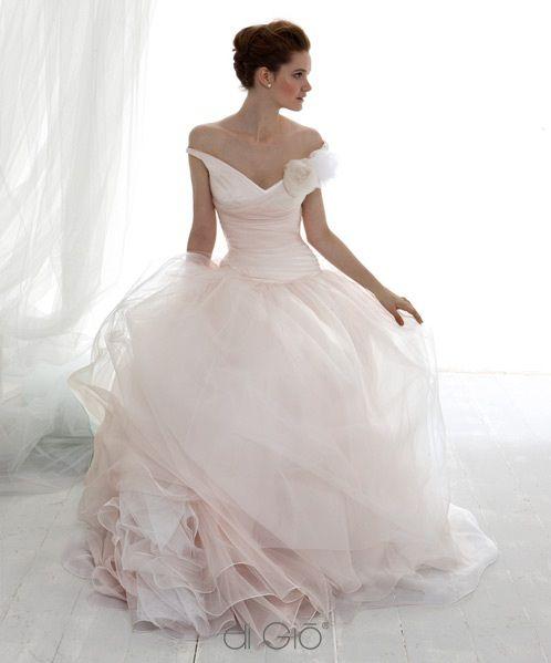 pink wedding rosa hochzeitskleider 2076414 weddbook. Black Bedroom Furniture Sets. Home Design Ideas