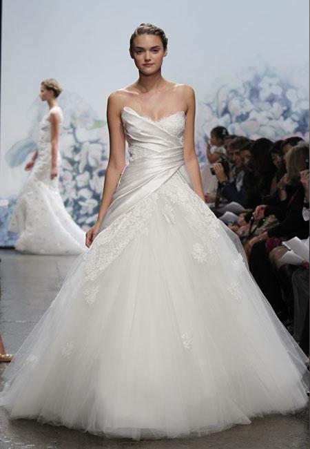 Kleid Des Tages: Monique Lhuillier Tulle Ballkleid #2077938 - Weddbook