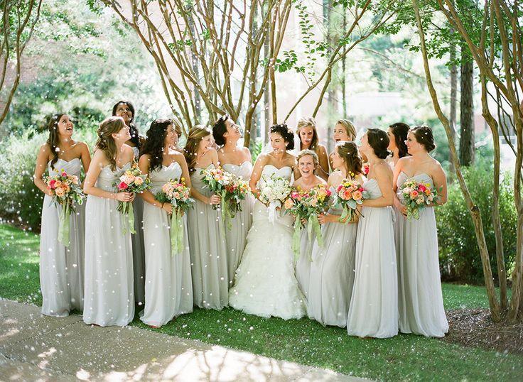 Grune Hochzeit Schone Brautjungfern 2080827 Weddbook
