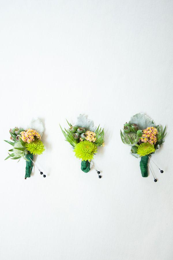 Hochzeit - Moderne Hochzeits-/ / Grooms Boutonnieres