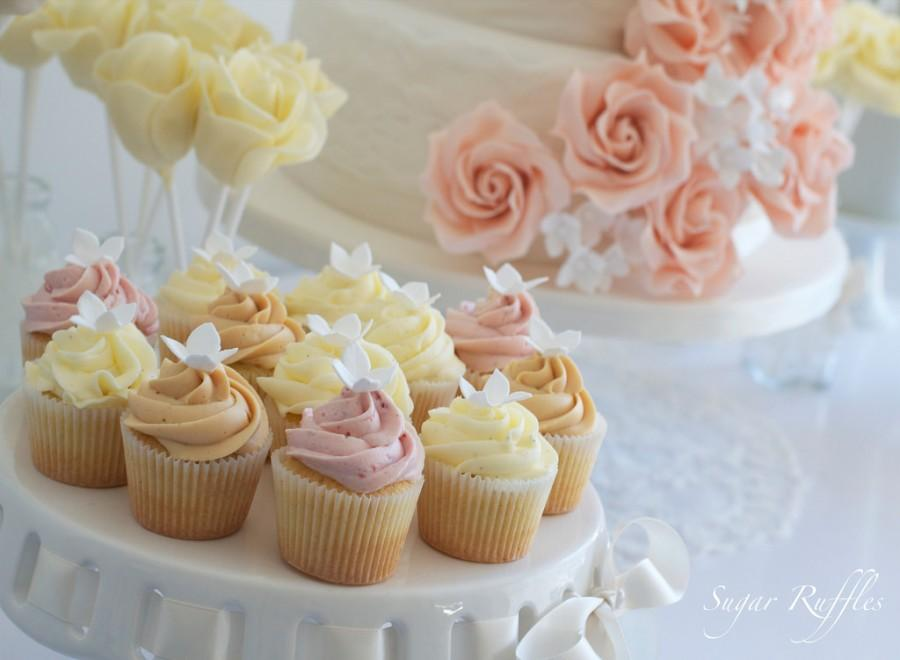Essen Favor Mini Cupcakes 2082596 Weddbook