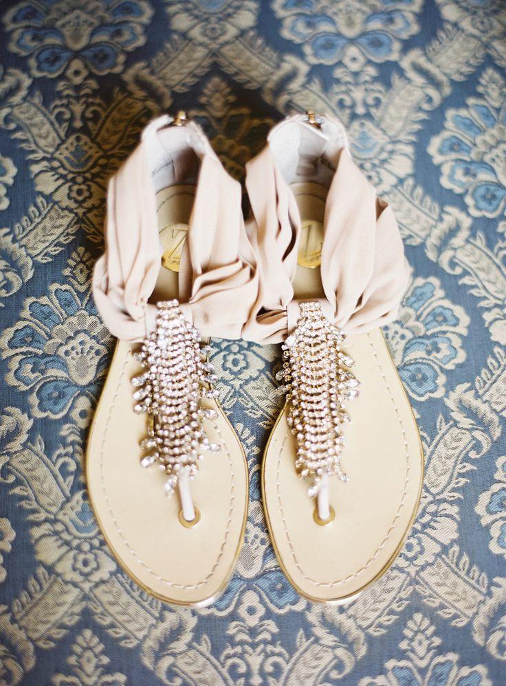 Hochzeit - Sandalen, Wohnungen und Keile