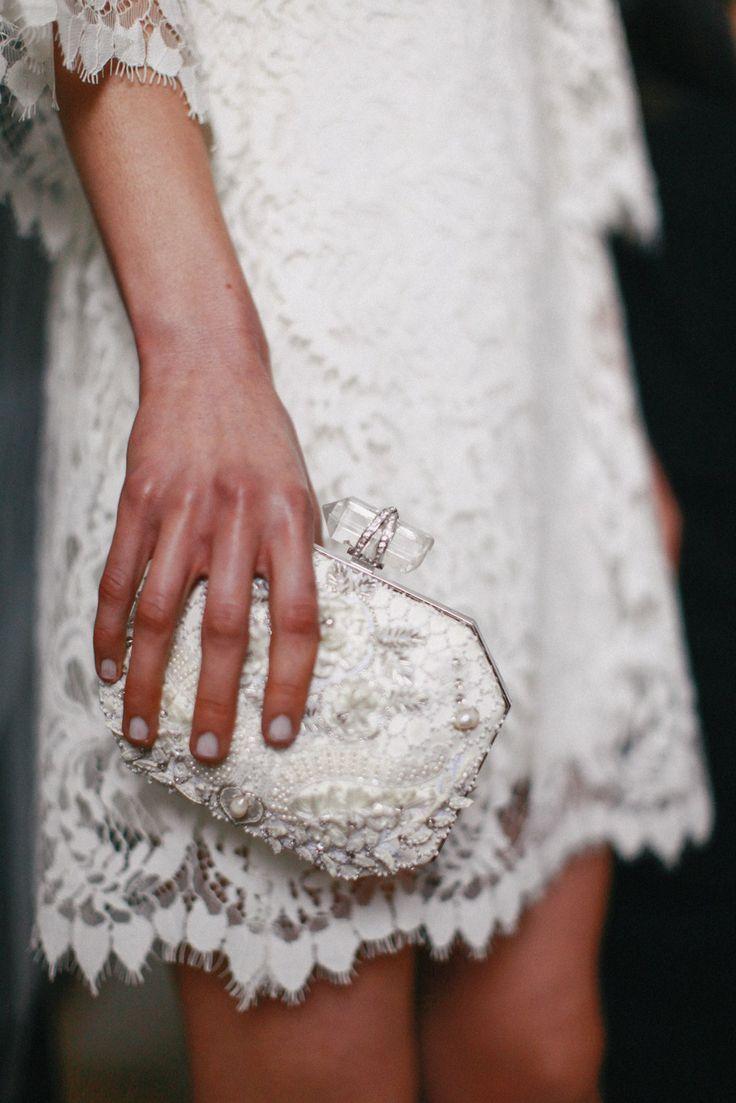 Mariage - Mariages-Jeune-dentelle