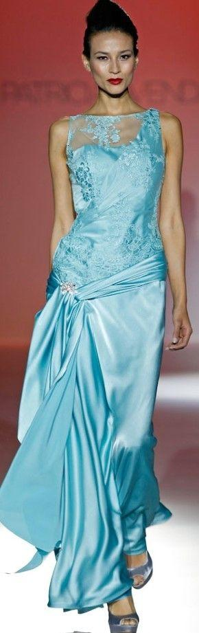tiffany blaue hochzeits kleider amore acquas 2090561 weddbook. Black Bedroom Furniture Sets. Home Design Ideas