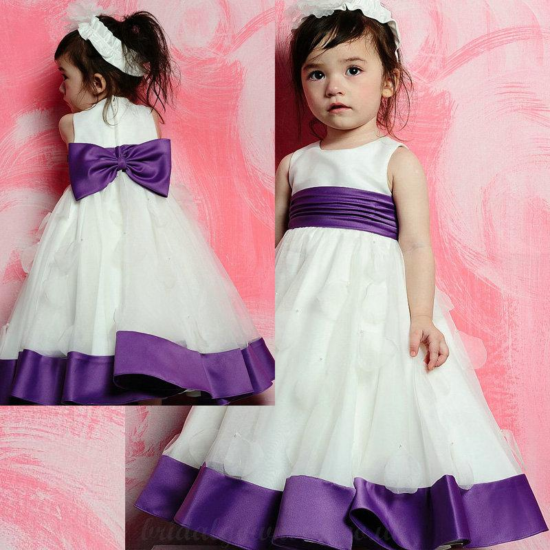 Hochzeit - Simple Scoop Neckline with Bowknot Satin Sash and Petals Adornment White and Purple Flower Girl Dress
