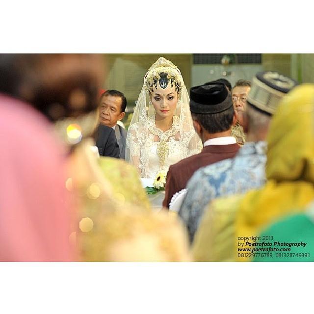 Wedding - Foto  Wanita Saat  Dian+Galih  On