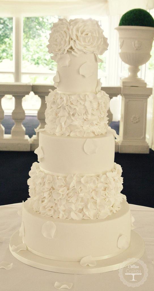Un gâteau de mariage tout blanc, oui ou non ? 7
