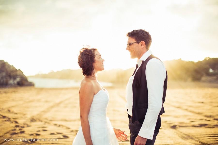 Wedding - Photographe-Mariage-Saint-Marc-Couple-Plage-Monsieur-Hulot