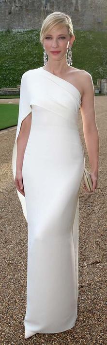 Hochzeit - Kleider ... Whispering Whites