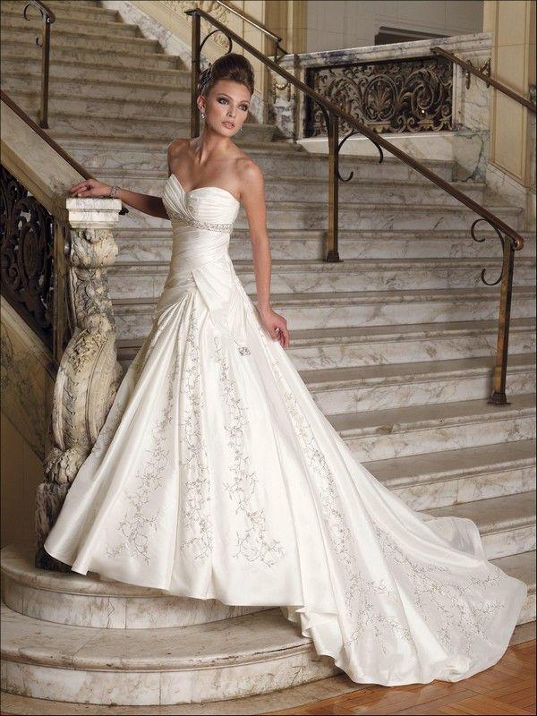 Платья свадебные 2015