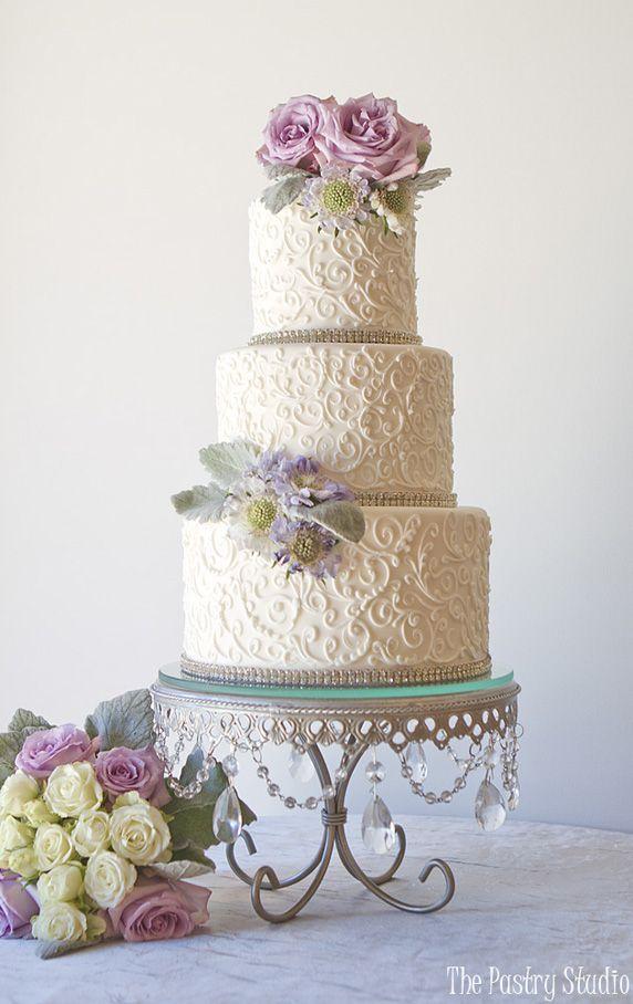 Wedding cupcakes stunning wedding cake cupcake ideas for Garden wedding cake designs