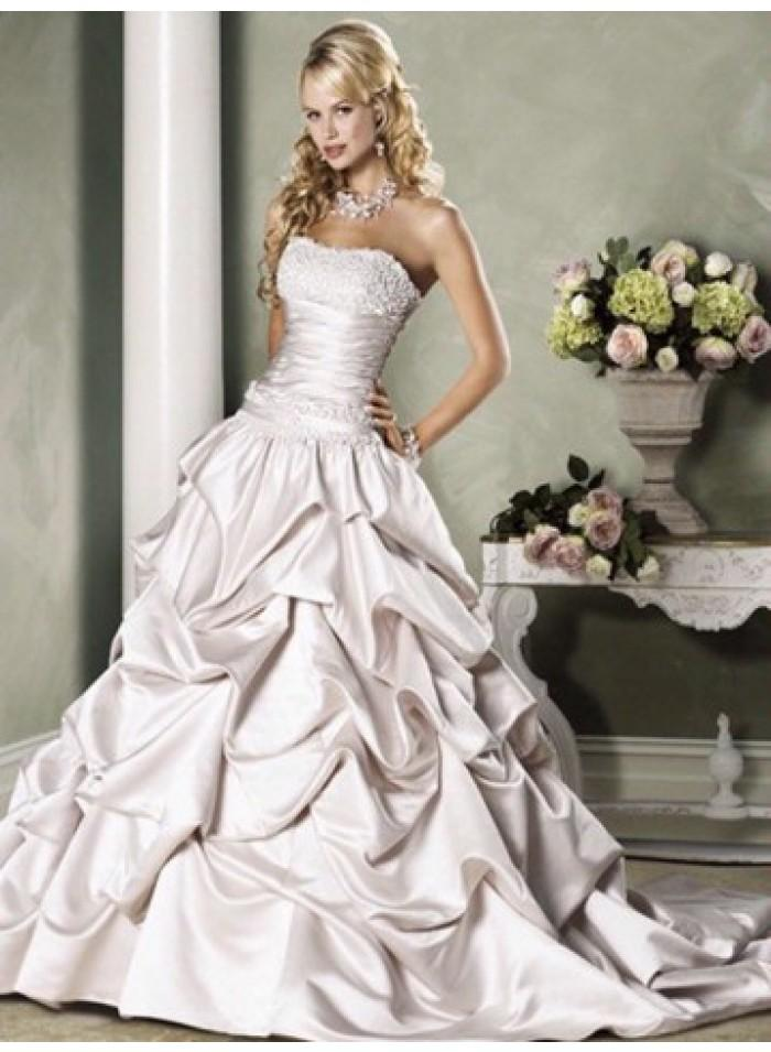 Mariage - A-line Strapless Lace Chapel Train Satin Wedding Dresses WE4087