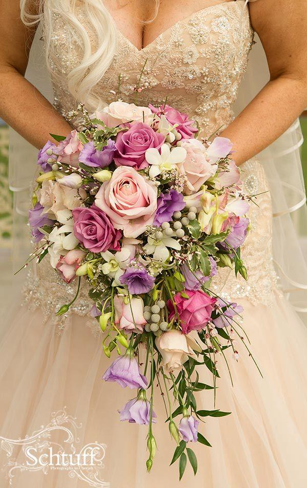 HD wallpapers wedding cake pictures with cascading flowers