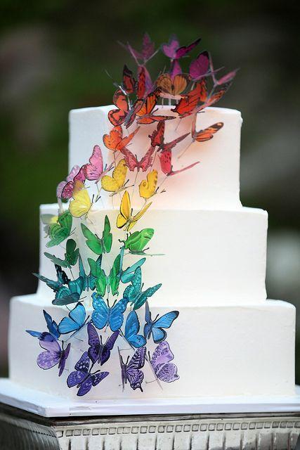 decoration voiture mariage arc en ciel