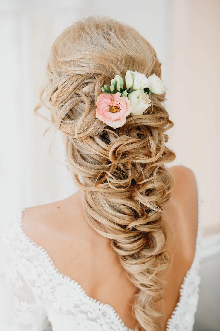 Wedding Hairstyles Pretty Hair 2116140 Weddbook