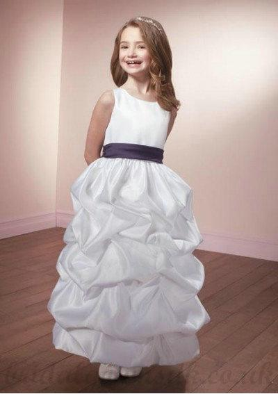 Boda - A Line Scoop Knee Length Satin White Perfect Flower Girl Dress
