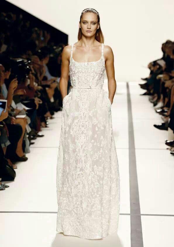 Hochzeit - Ärmelloses Brautkleid Inspiration