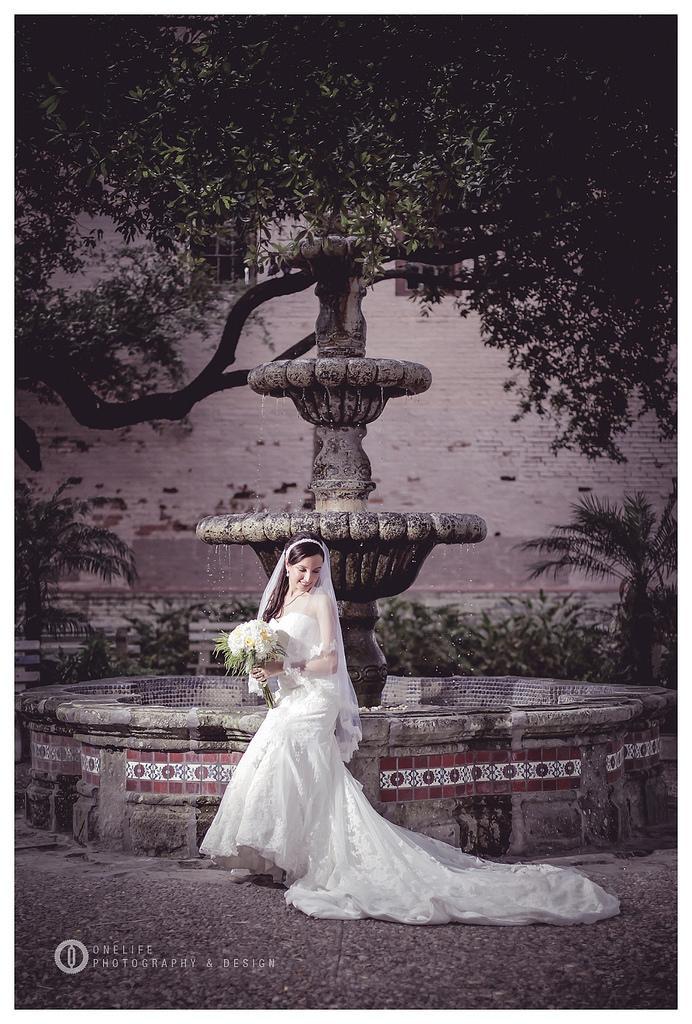 Wedding - Veronica Bridal Portrait