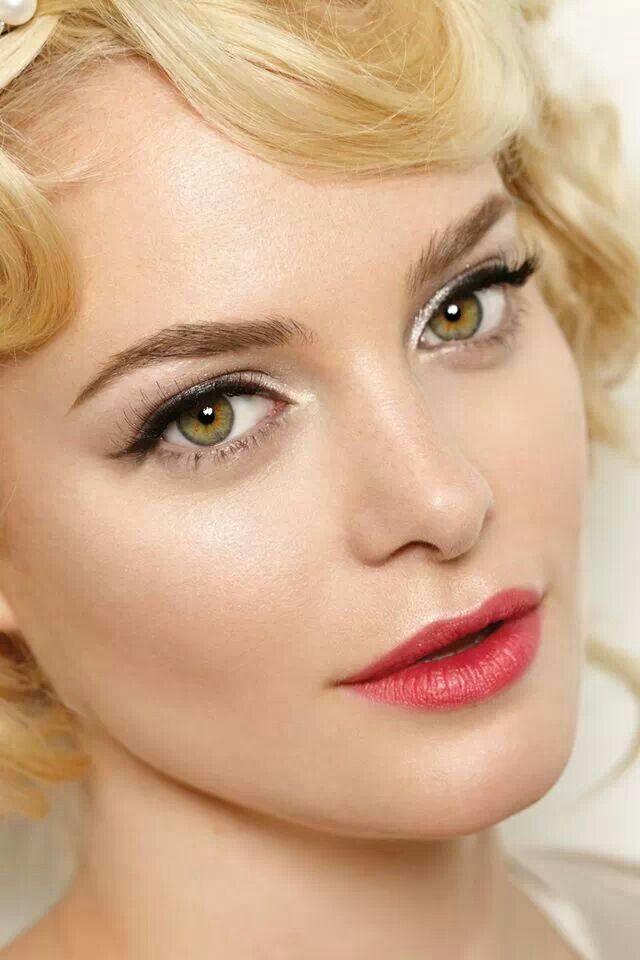 Groom makeup tips