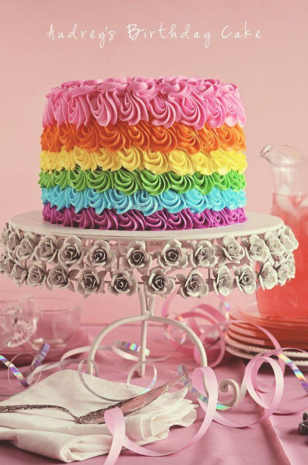 regenbogen hochzeit sch ne kuchen muffins ii 2119046 weddbook. Black Bedroom Furniture Sets. Home Design Ideas