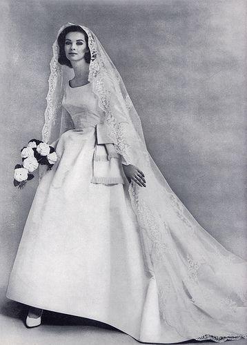 Свадьба - Свадебное Платье