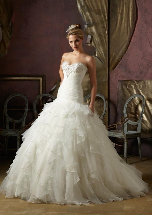 Свадьба - Wanweier - satin wedding dresses, Hot Crystal Beaded Ruffled Organza Online Sales in 58weddingdress