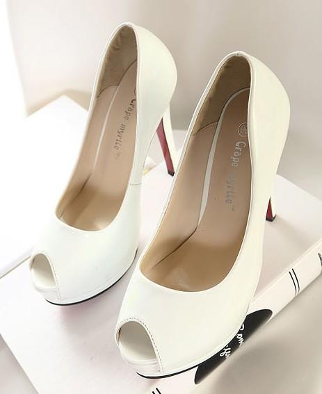 Hochzeit - Fashion Style Waterproof Thin Heels Shoes Black Black PM0246