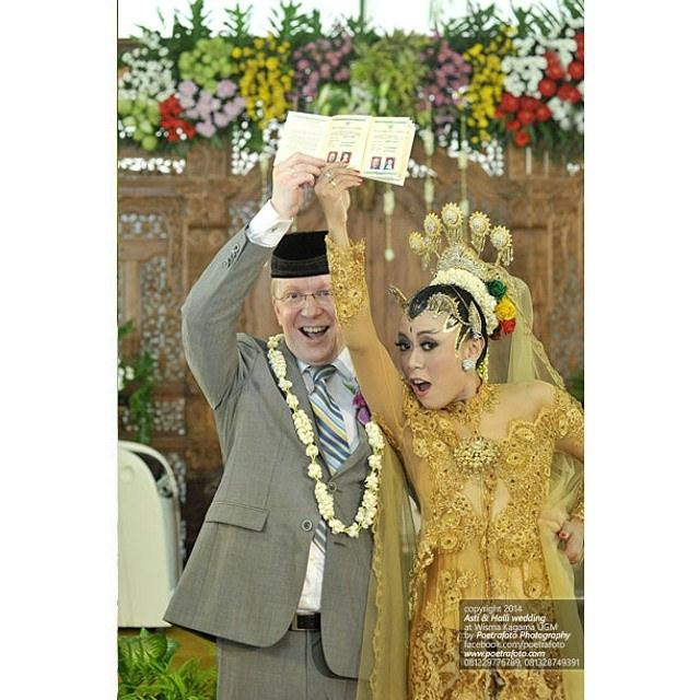 Wedding - Cayooo!!! Asti+Halli  2014 ceremony At Kagama   photo By Poetrafoto