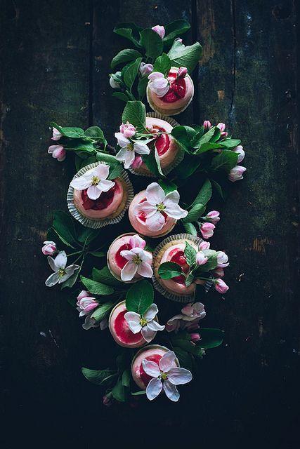 Mariage - Cupcakes!! Tout petit gâteau! Partagez votre préféré .... boulangerie de petit gâteau, petit gâteau Blog, gâteau Images ... Tout